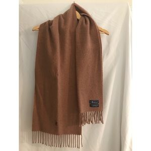 Polo by Ralph Lauren lambs wool scarf